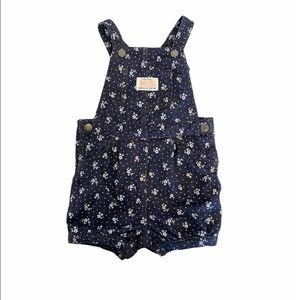 🍁3 for 20🍁 Carter's short overalls